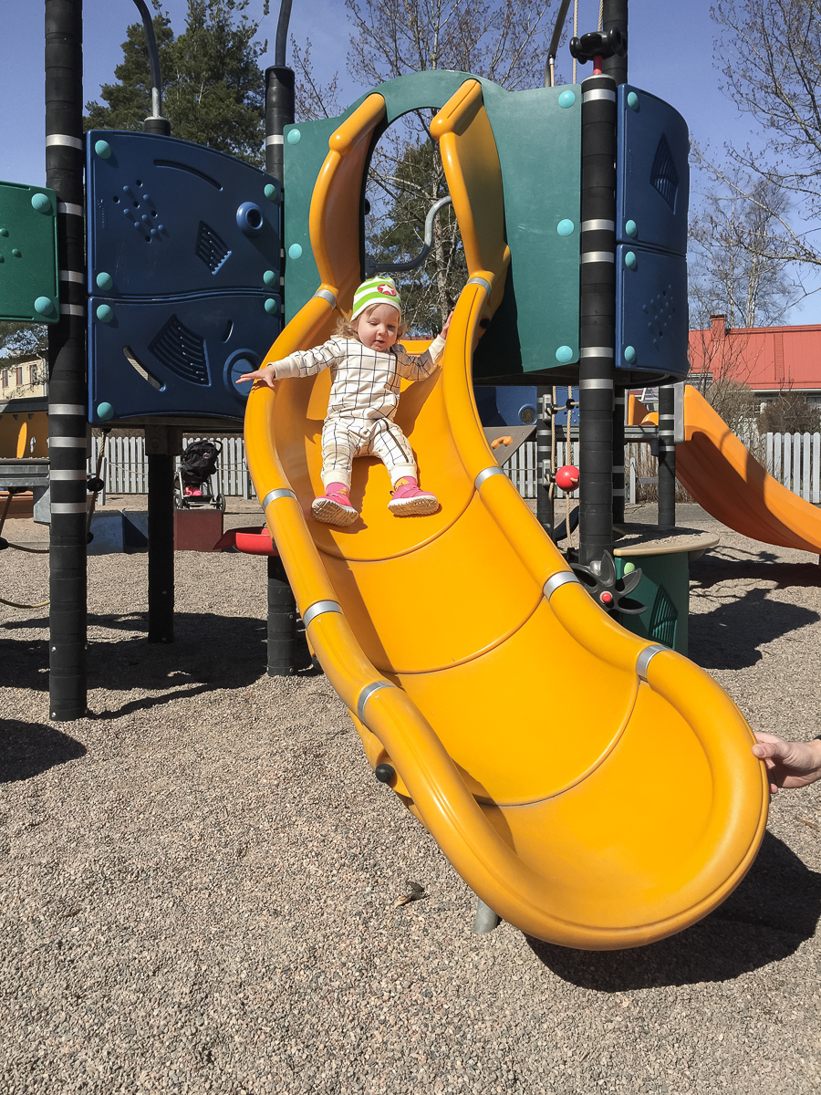 leikkipuisto lapsi mainio