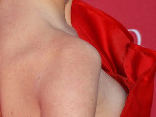 Taylor Swift nip slip nice breast hard nipple