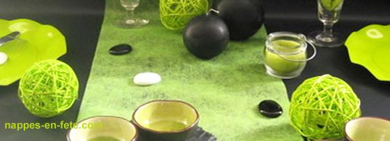 Nappes en f te d co table nappe papier mars 2012 for Nappe et chemin de table en papier