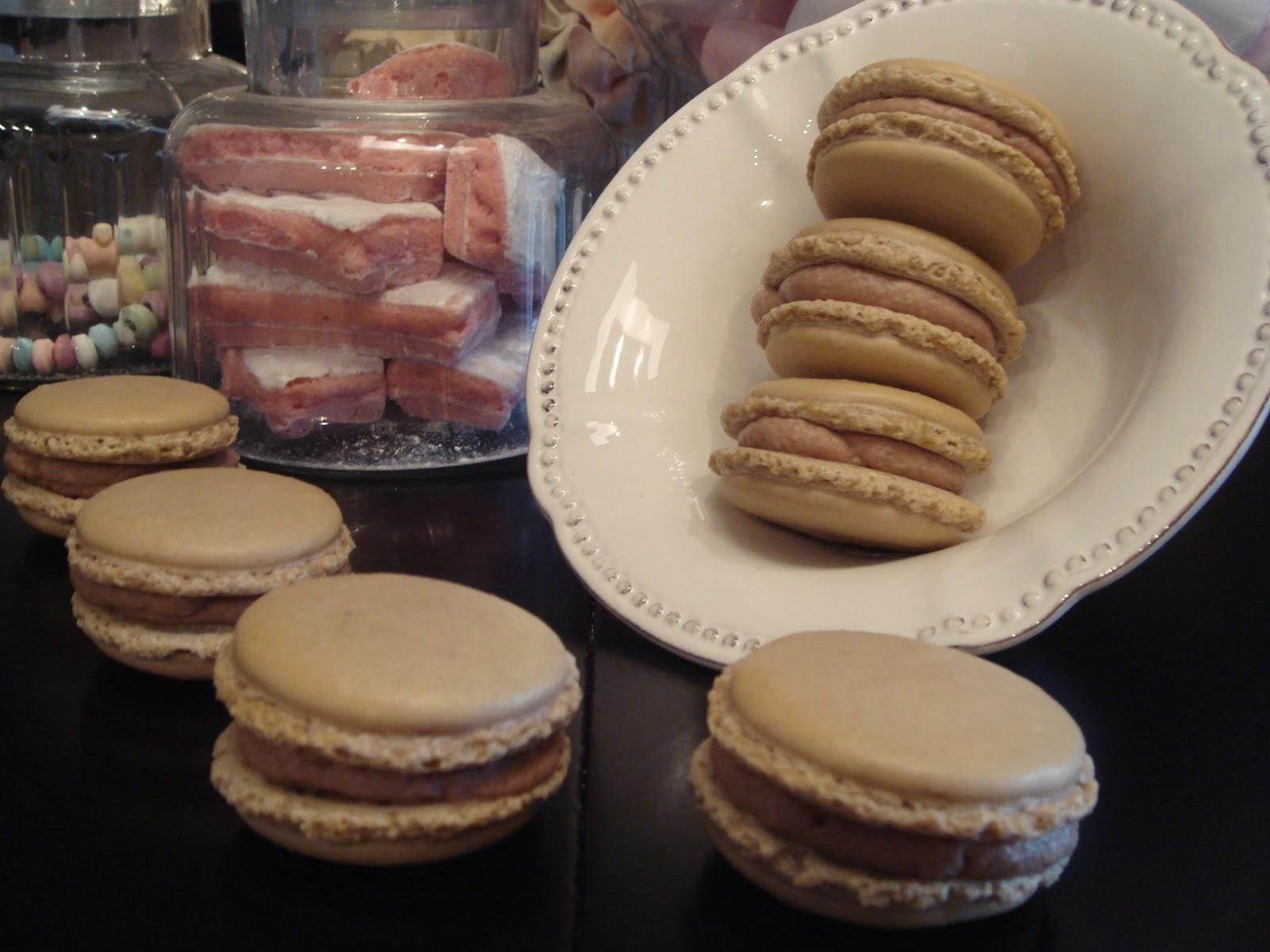 Exceptionnel Les recettes d'Emilie: Macarons au Kinder DE78