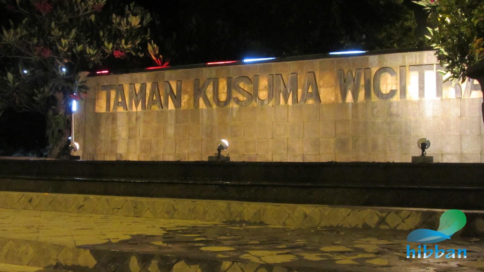 Tulungagung Indonesia  city images : ... Yahudi Simbol/Lambang Freemason di Alun alun Tulungagung, Indonesia