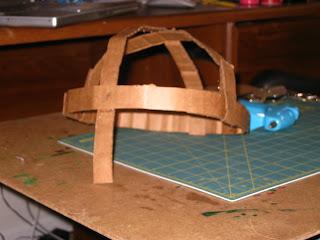 Construir un casco medieval