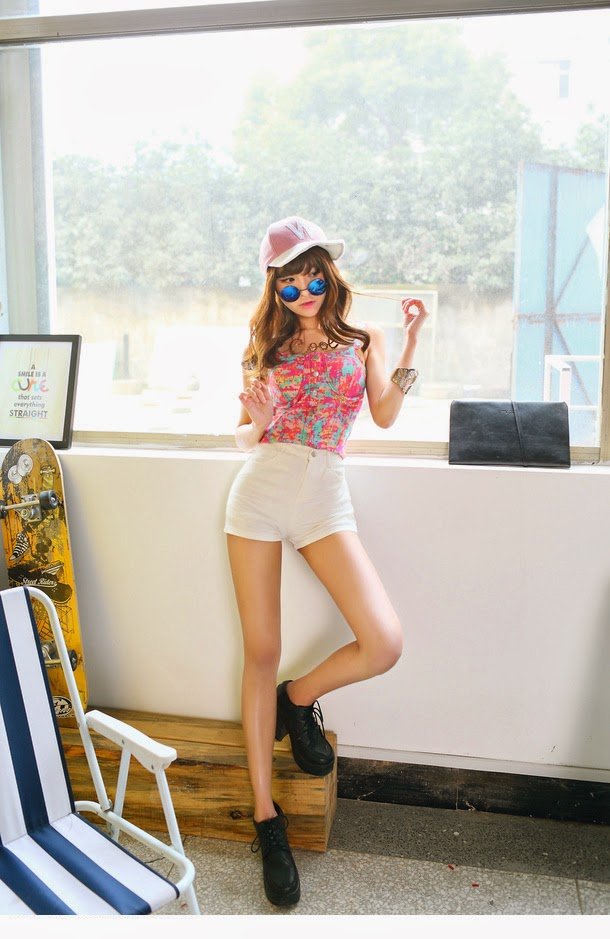 2 Korean Fan - very cute asian girl-girlcute4u.blogspot.com