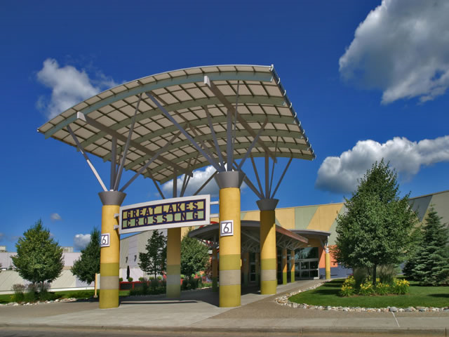 As an outlet mall great lakes crossing outlets has 185 stores aimed at