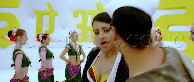 Trisha Hot Cleavage B**bs visible