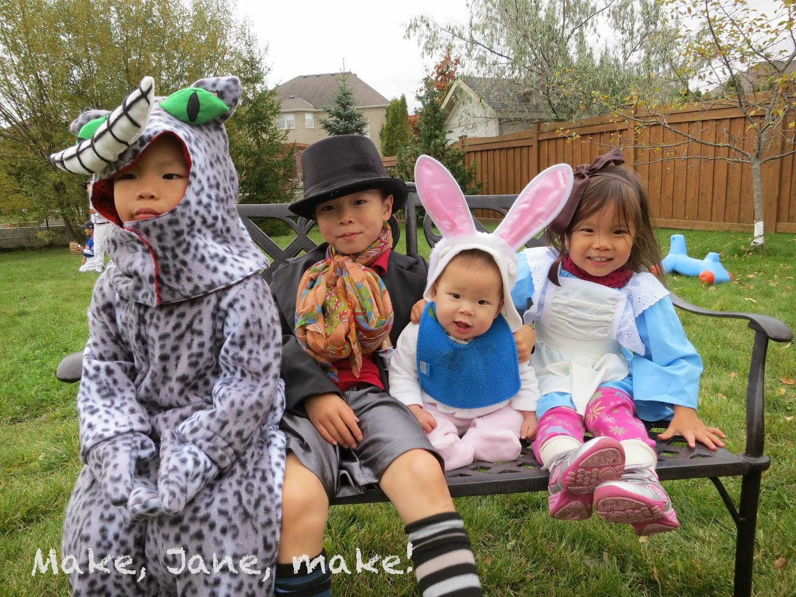 Family costume group costume mad hatter alice cheshire cat