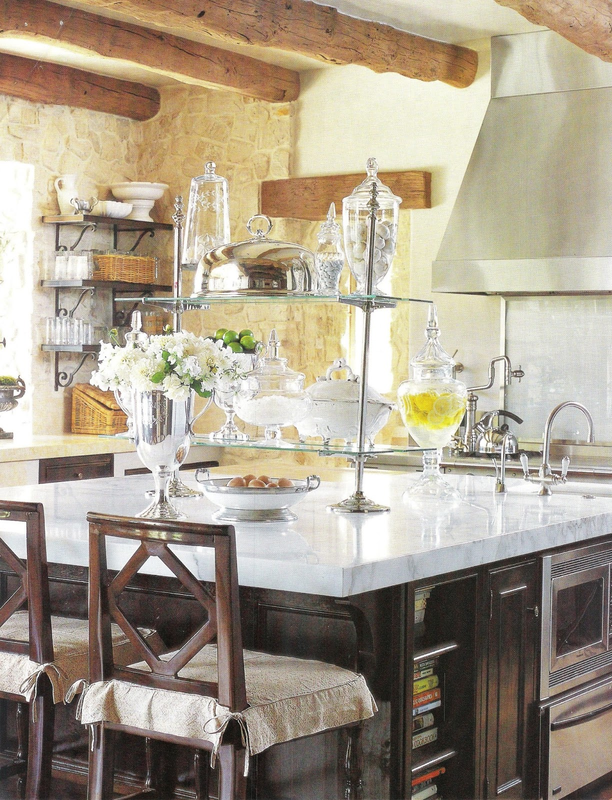 Kitchens with open shelving architecture decorating ideas for Kitchen ideas elle