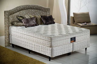 Cama Box King Koil