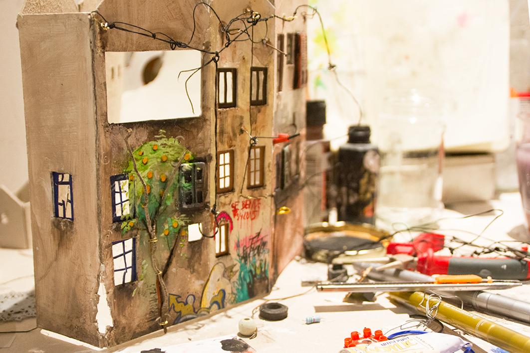 09-Katarina-Pridavkova-Fantasy-Architecture-in-Plaster-and-Clay-Town-www-designstack-co