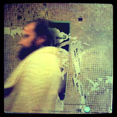 Topo – Topo (1979) Contraportada