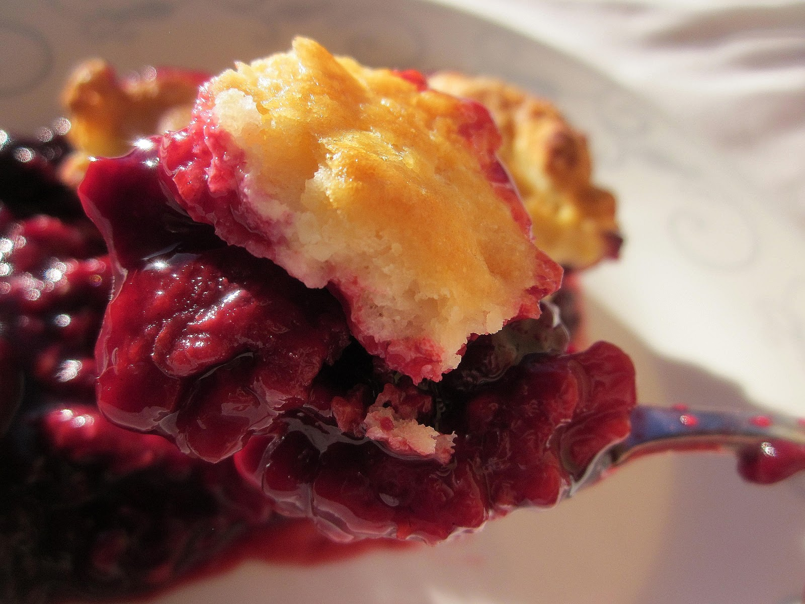 Dimples & Delights: Blackberry Raspberry Cobbler