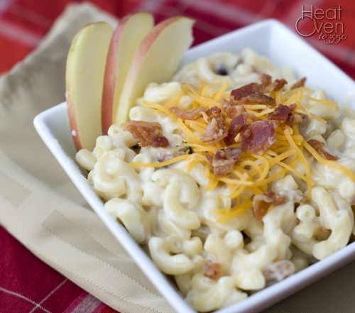 Apple Bacon Cheddar Mac and Cheese