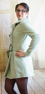 Outfit Mintfarbener Mantel