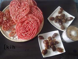 طريقة تحضير زلابية مغربية مقرمشة ولذيذة لشهر رمضان بالمراحل المصورة