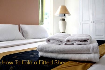 how to fold a fitted sheet #bedding #organizing Ducks n a Row