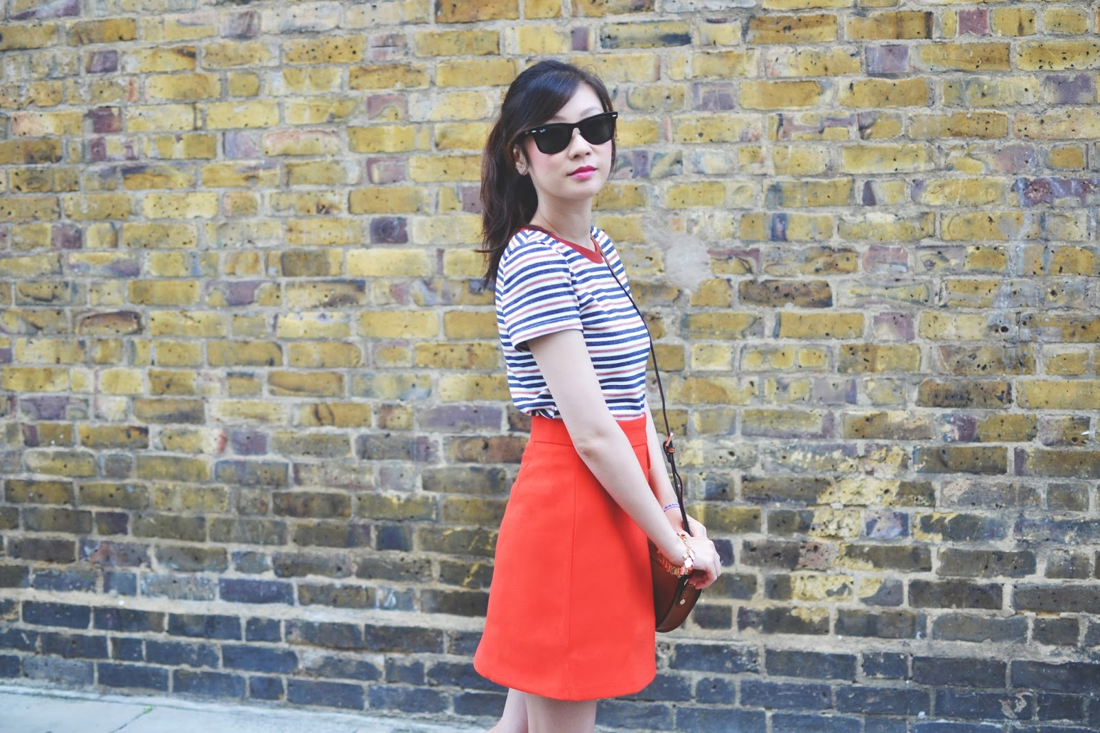 how to style an orange skirt, how to wear an a-line skirt