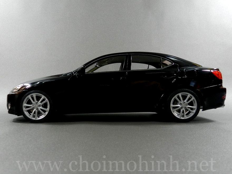Lexus IS 350 2006 1:18 AUTOart black side