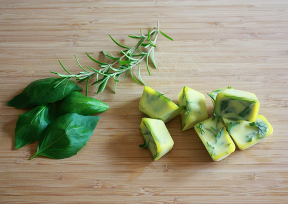 Ioanna's Notebook - Fresh herb cubes
