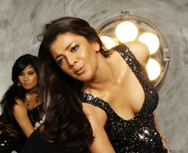 Kajal Agarwal Super Hot Cleavage Unseen Collections