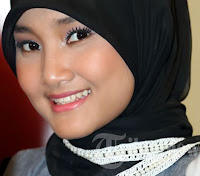 Fatin Shidqia Lubis. Diamonds