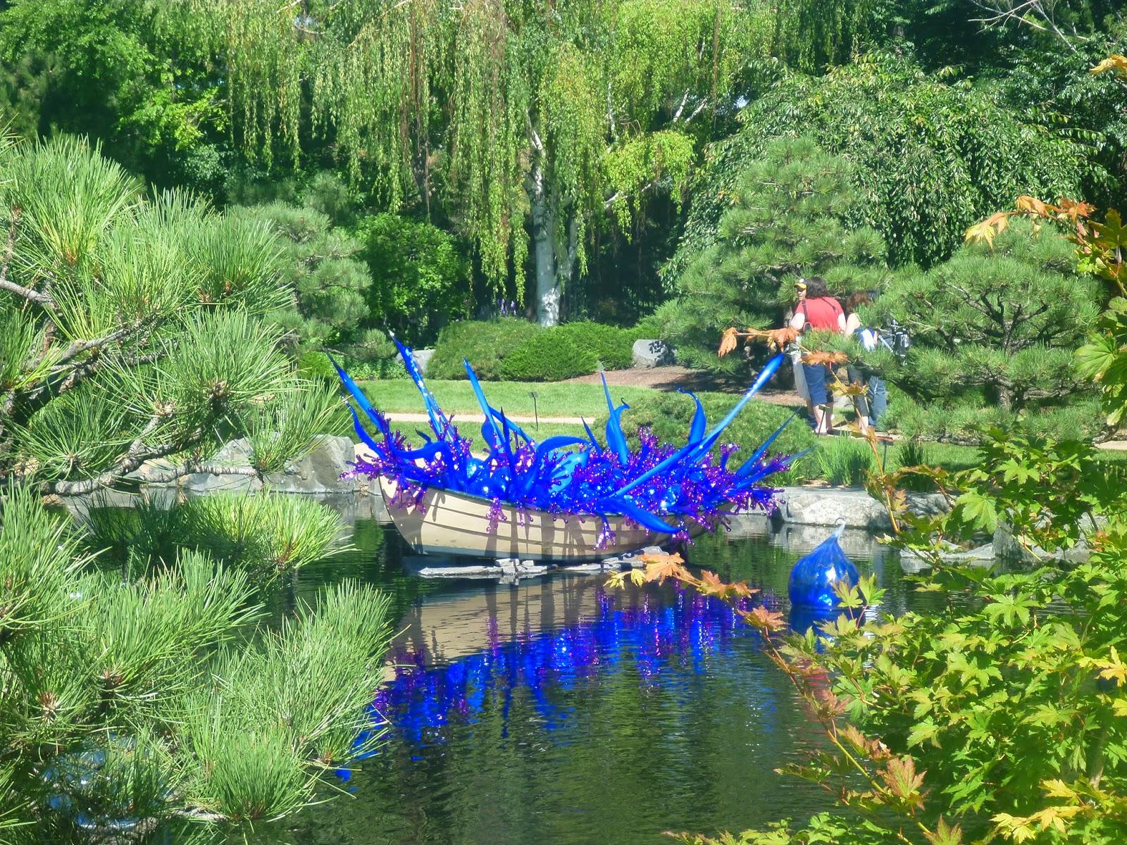Artistic Journeys Chihuly Exhibit At The Denver Botanic Gardens