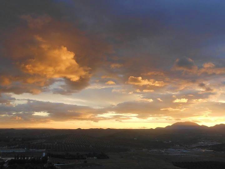 Amanece Octubre desde Jaén Norte