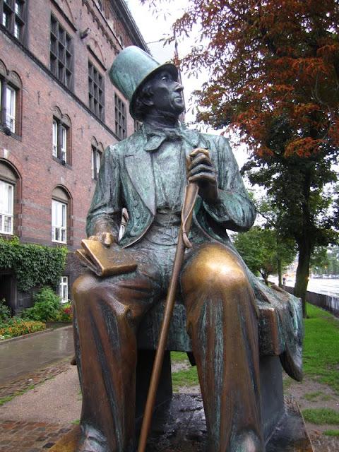 Statue of Hans Christian Anderson in Copenhagen, Denmark.
