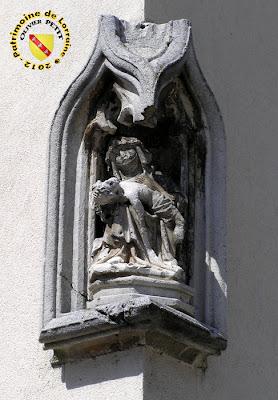 PULLIGNY (54) - La Maison à la Pietà (XVIe)
