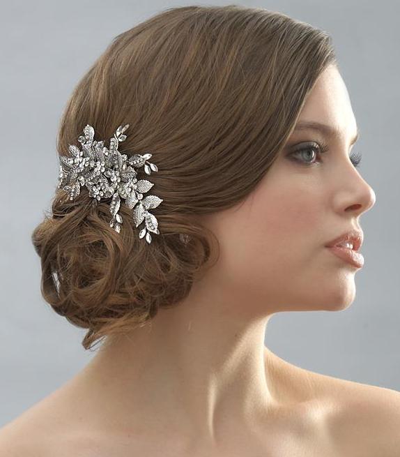 Peinados y maquillaje - Peinados de novia recogido ...
