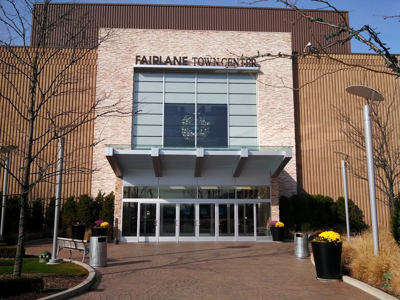 is my life fairlane mall is ready for black friday shopping can you guess what is special about this entrance to fairlane mall