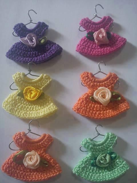 #661 Esquema de Vestido Minuatura a Crochet