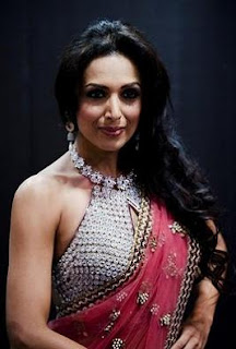 Malaika Arora in Saree Photos, Pics, Images, Pictures Gallery