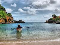 Pantai Ngobaran Tawarkan Pesona Bali di Yogyakarta