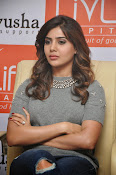 Samantha Glam pics at Pratyusha NGO Event-thumbnail-20