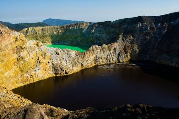 Kelimutu Crater Lakes - Insula Flores, Indonezia.