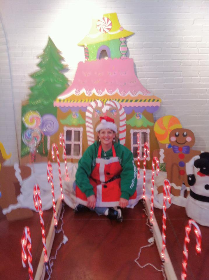 gingerbread house success - Candyland Christmas Door Decorations