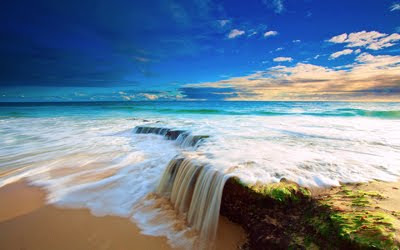 Pequeña cascada muy cerca de la playa - Little cascade - Wallpapers