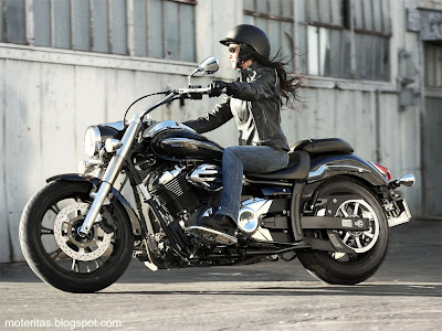 motos-mujeres-custom-yamaha-wallpaper-motoqueras-musica-lifan