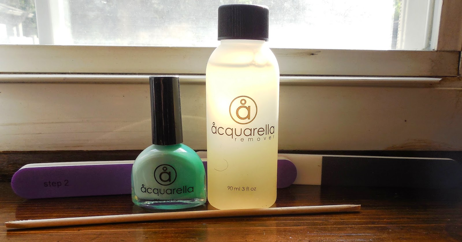 CureDiva Acquaella Nail Polish