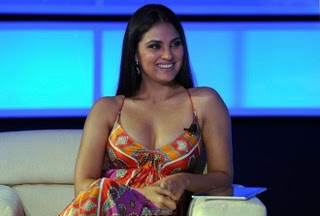 Hot Lara Dutta Wall Papers 7