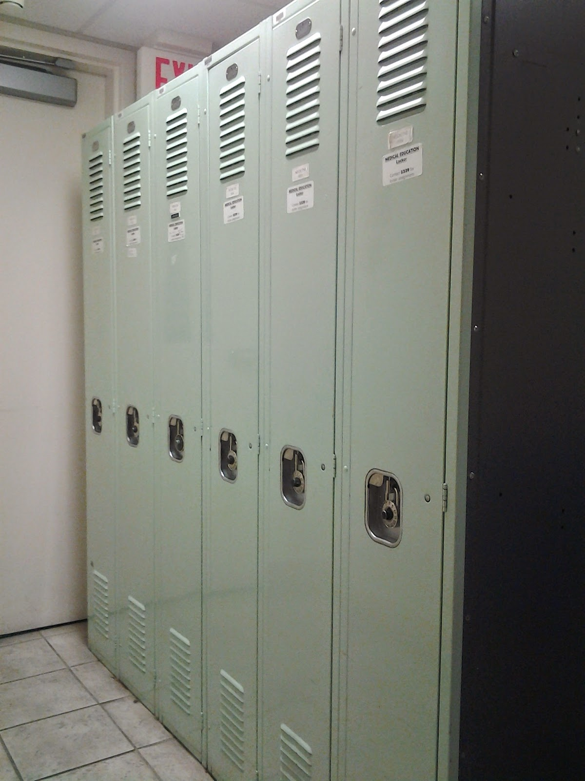lockers royal alexandra hospital