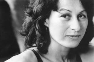 escritora Lesley Downer
