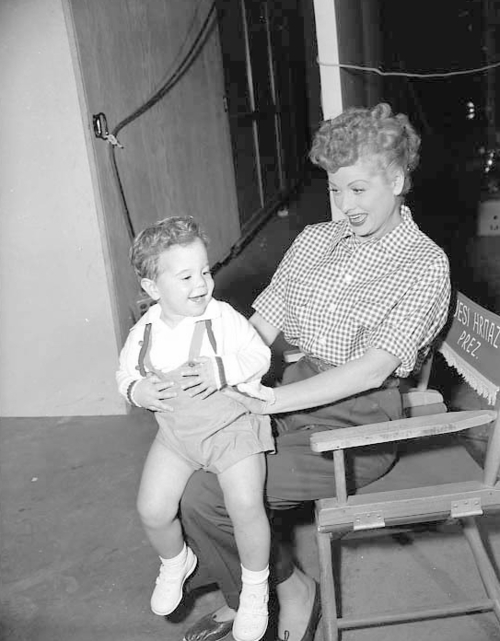 a blog about lucille ball and desi arnaz 43 lovely with