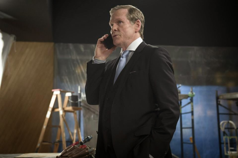 Guest star William Sadler as Simon Stagg in CW The Flash Season 1 Episode 2 Fastest Man Alive