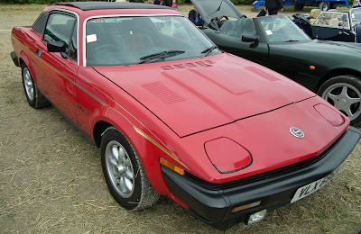 Triumph TR7, the big bumpers were needed for it to meet US regulations at the time