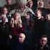 """Confira o clipe da nova versão de """"Do They Know It's Christmas"""" cantada por vários artistas do momento #BandAid30"""