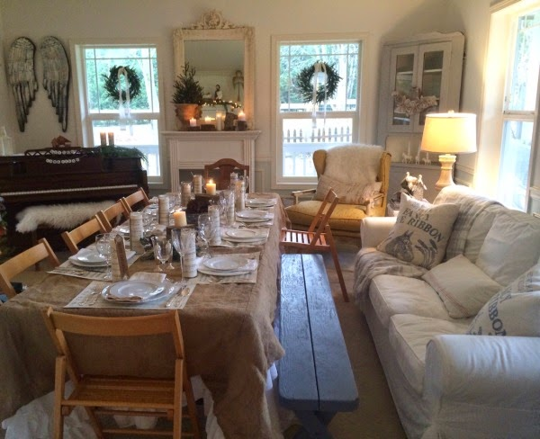 The Second Room We Used For Dinner Was Our Living Set A Table 10 Right Down Middle Of By Christmas Tree