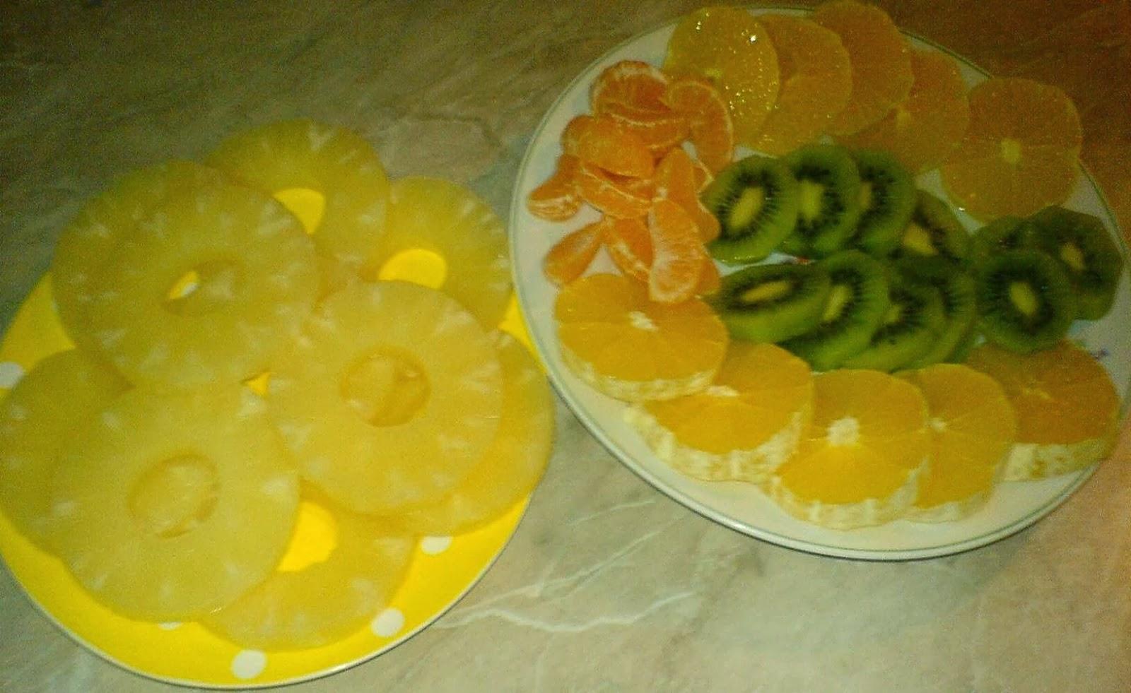 fructe pentru tort diplomat, preparare tort diplomat, preparare tort diplomat cu fructe, cum se prepara tortul diplomat cu fructe, cum se face tortul diplomat, cum facem tort diplomat,