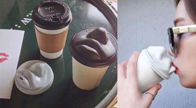 Cup Unik Berbentuk Bibir