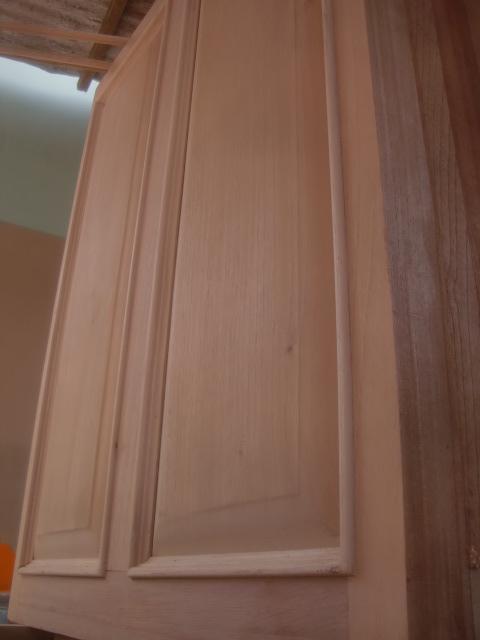 Decoraciones manualidades en madera alto relieve en muebles - Molduras de puertas ...
